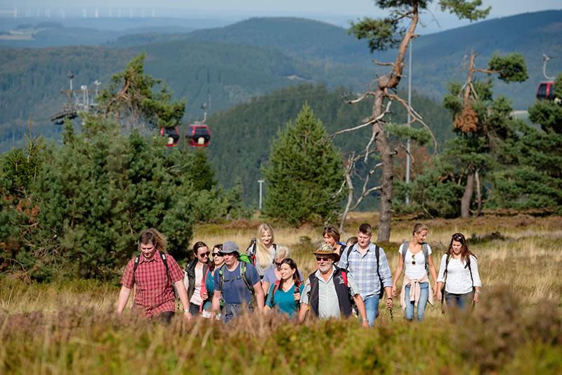 Wandergruppe auf dem Ettelsberg